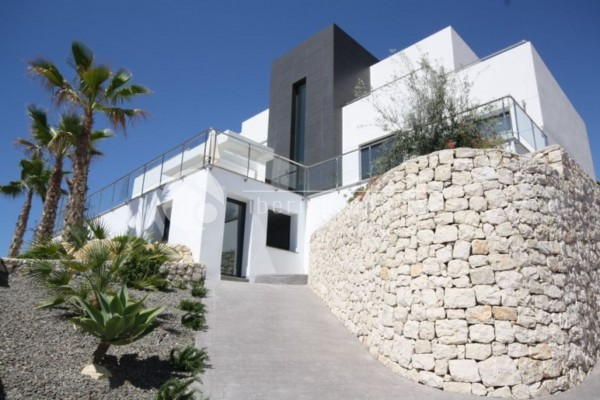 Luxury_newly_built_villa_in_Moraira_(1).jpg