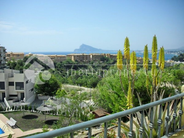 Panoramic_sea_views.jpg