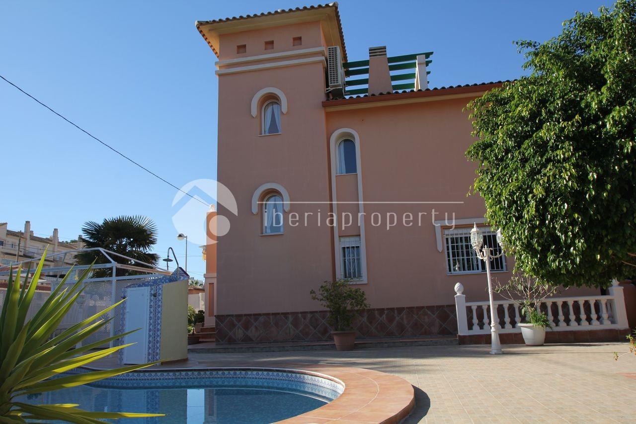 Till salu Villa i Albir - In Sun Properties Ref :3697