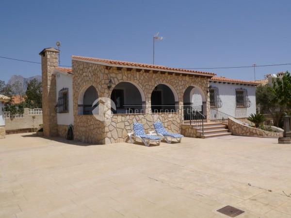 Villa_Montesol_00.JPG