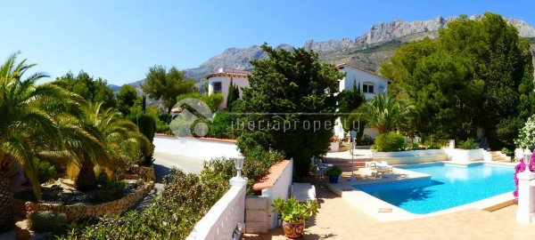 Large_plot_villa_near_altea_golf_(16).jpg