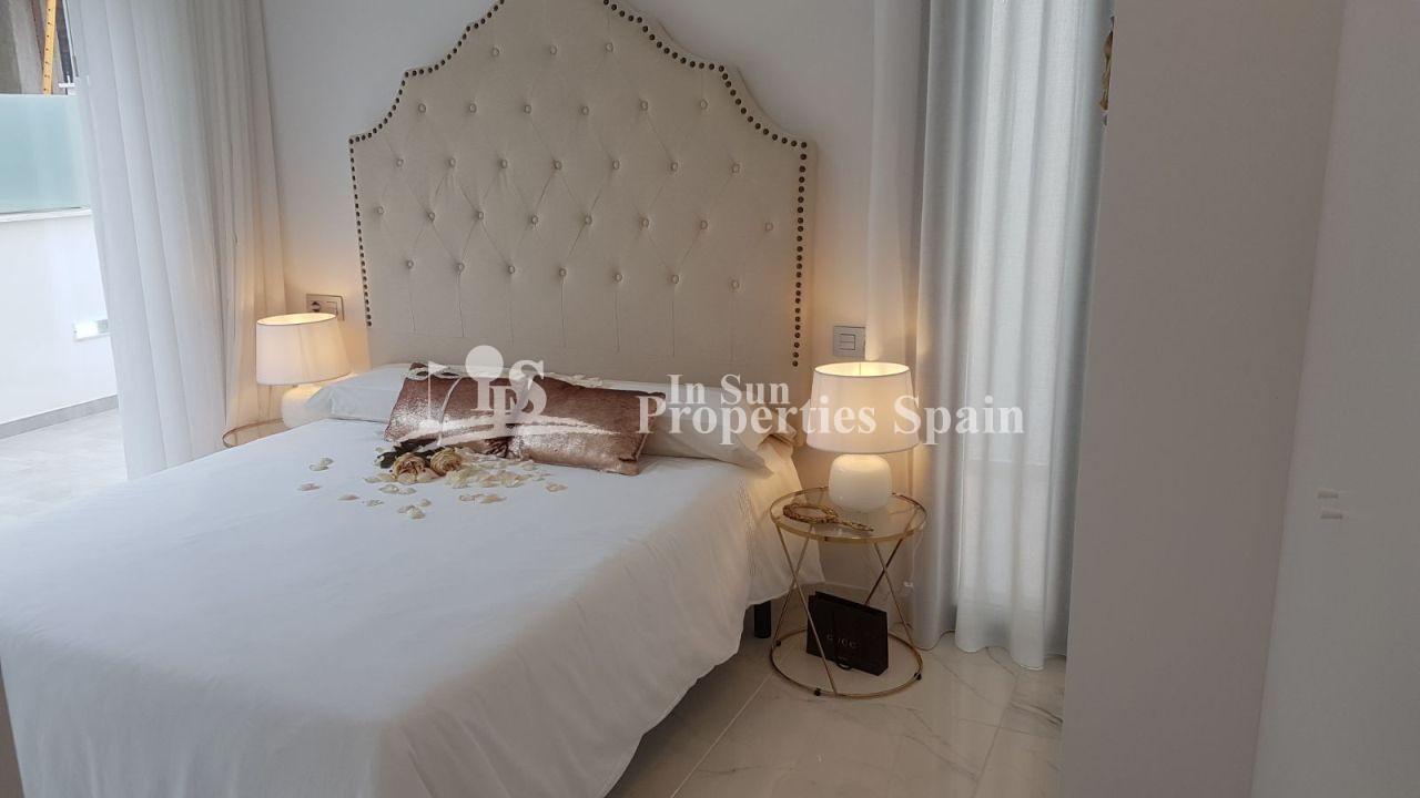 Matrimonio Bed Properties : For sale villa in orihuela costa in sun properties ref