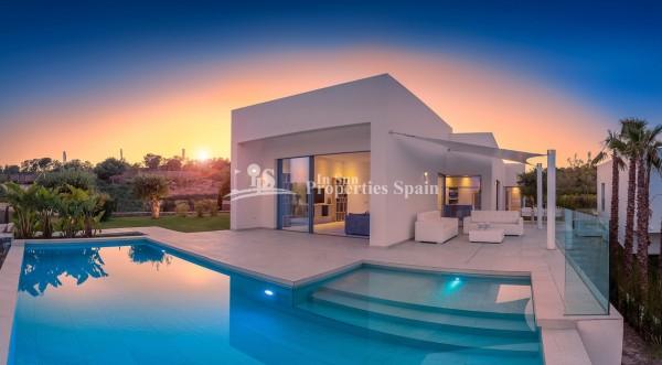 Villa_Las_Colinas__Golf.jpg