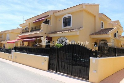 1_A_3_bed_house_for_sale_in_Playa_flamenca_002.jpg